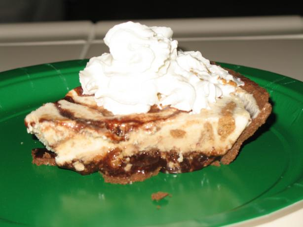 Drews Peanut  Butter Ice Cream Pie. Photo by punkyluv