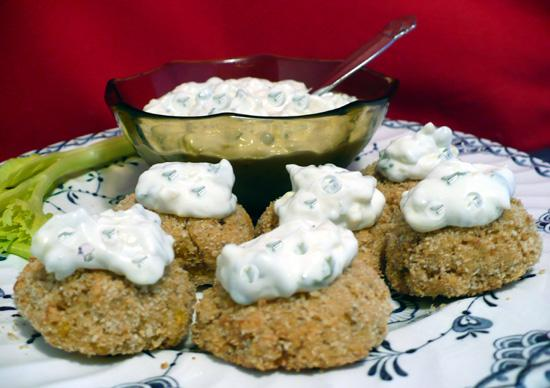 Crab Cakes With Herbed Mayonnaise. Photo by twissis