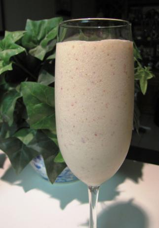 Baileys Berry Frappe. Photo by loof