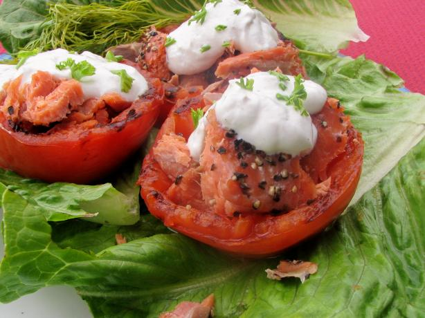 Grilled (Broiled) Tomatoes With Smoked Salmon. Photo by lazyme
