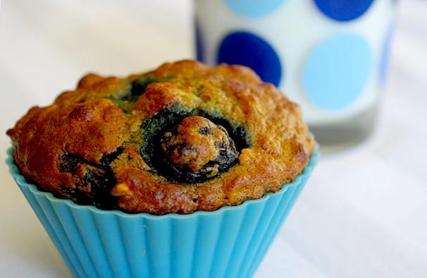 Blueberry Oatmeal Muffins With Walnuts. Photo by AmandaInOz