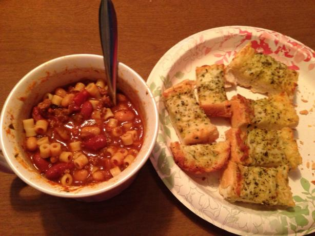 Pasta Fagioli Soup in a Crock Pot. Photo by kbot1701