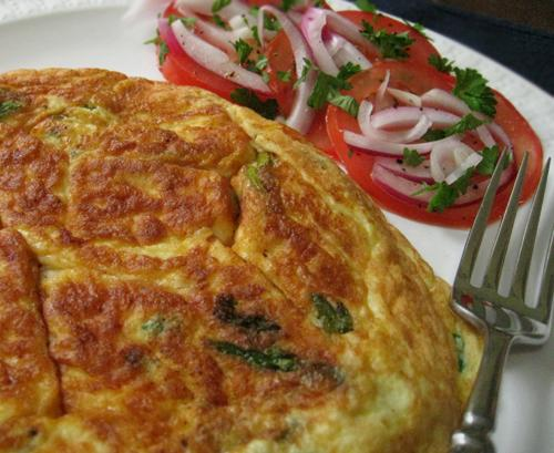 Asparagus & Fontina Frittata W/Sliced Tomato & Red Onion. Photo by Caroline Cooks