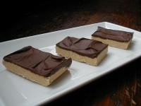 Reeses Squares - 5 Ingredients & No Bake (Reese's)