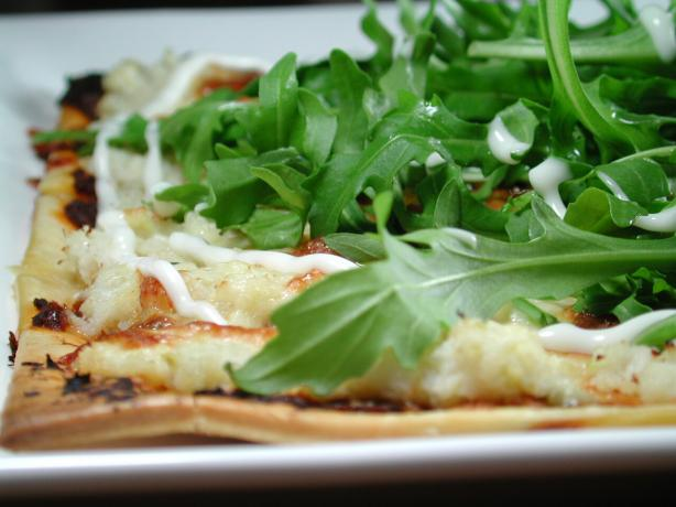 Crispy Crab Pizza With Rocket Salad Topping. Photo by Chef floWer