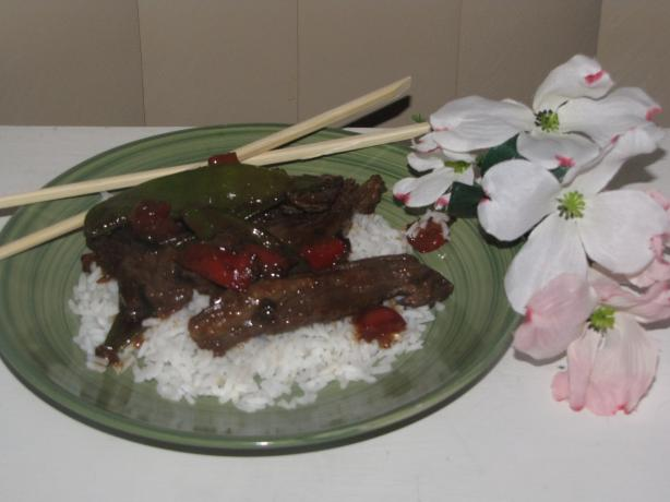 Skirt Steak Stir-Fry. Photo by kellychris
