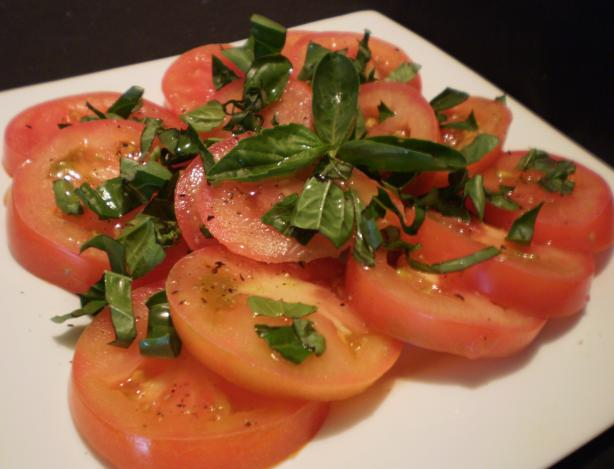 Basil & Tomato Salad. Photo by Tisme