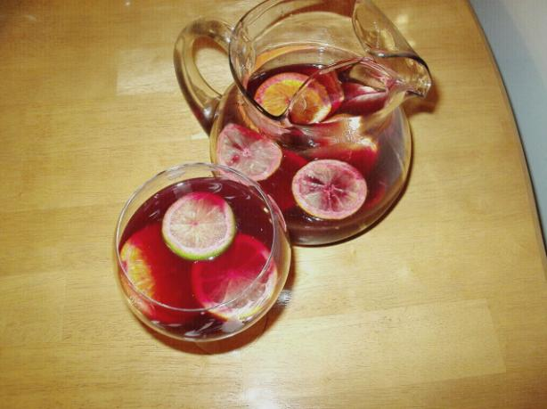 Festive Sangria. Photo by Kim127