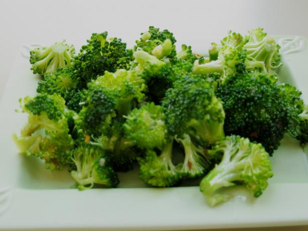 Garlicky Sesame-Cured Broccoli Salad. Photo by WiGal