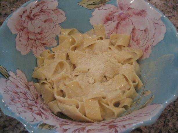 Basic Italian White Cream Sauce (Like an Alfredo or Bechamel). Photo by BlondieItaliana