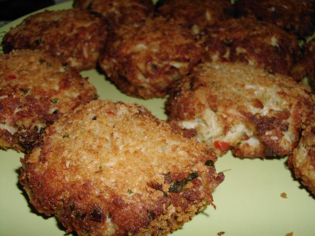 Chesapeake Bay Crab Cakes. Photo by vivmom