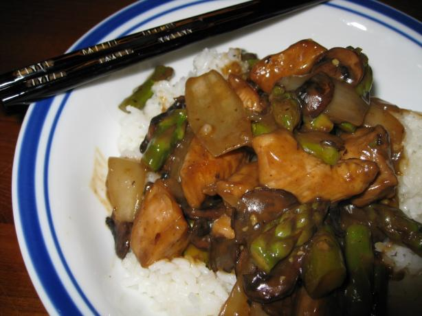 Asparagus Chicken With Black Bean Sauce. Photo by BarbryT