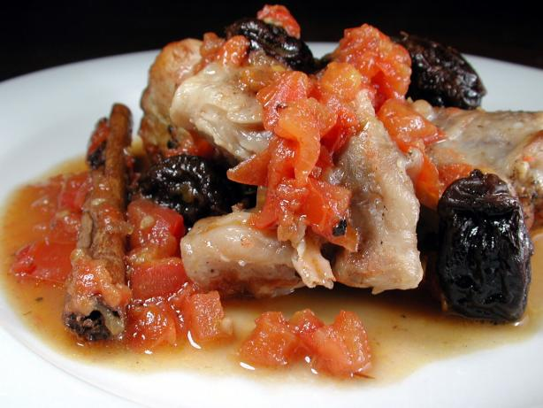 Chicken With Tomatoes and Prunes. Photo by Chef floWer