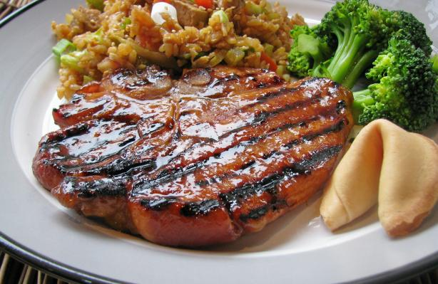 Grilled Chinese Pork Chops. Photo by lazyme