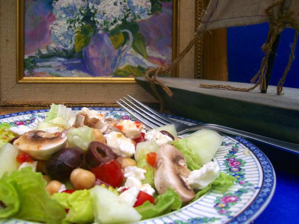 Romaine and Greek Vegetable Salad. Photo by Sharon123