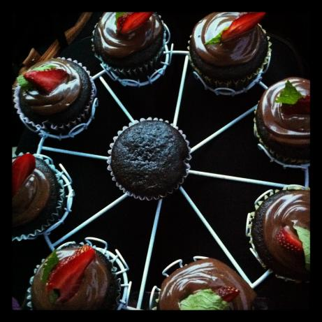 Vegan Chocolate Cupcakes With Chocolate Mousse Topping. Photo by fm86