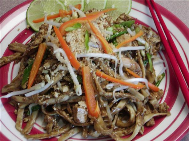 Golden Dragon Pad Thai. Photo by Rita~