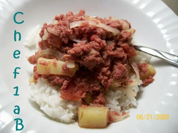 Filipino Corned Beef Hash over Rice. Photo by chef1aB