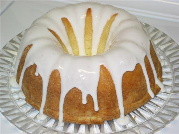 7-Up Bundt Cake. Photo by The Big Cheese