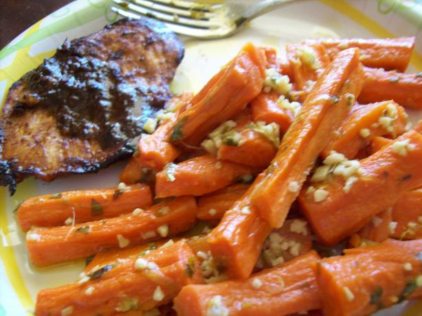 Steamed Carrots With Garlic-Ginger Butter (Weight Watcher Friend. Photo by Darkhunter