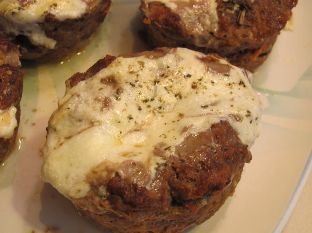 Pizza Meatloaf Cups. Photo by airlink diva