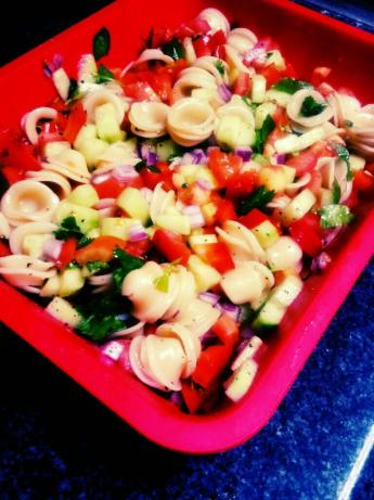 Cucumber Cilantro Pasta Salad. Photo by Eyemadreamer