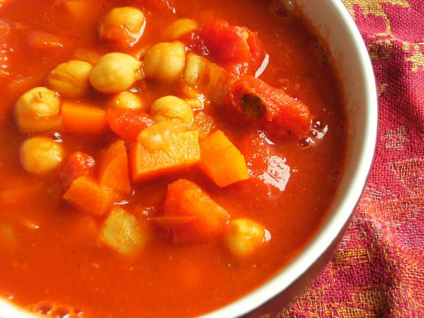 Moroccan Chickpea Chili. Photo by Lalaloula