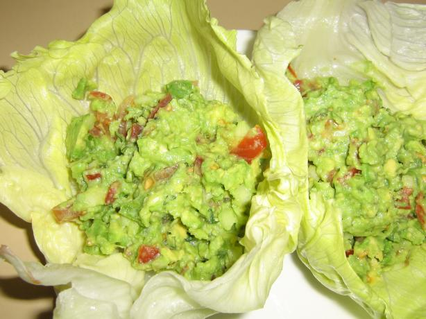 Avocado Salad Lettuce Wraps. Photo by I'mPat