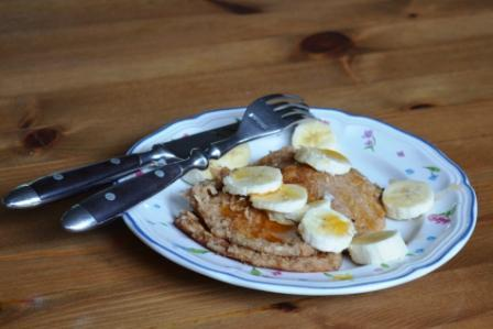 Vegan Oatmeal Pancakes. Photo by peevesgloria