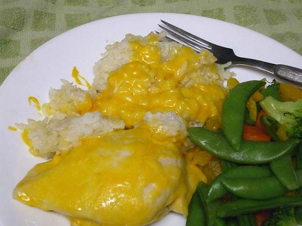 Cheesy Chicken & Rice Bake. Photo by VickyJ