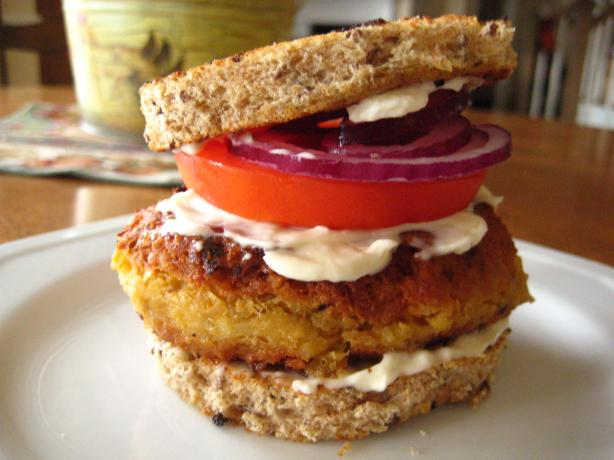 Chickpea Burger. Photo by Chouny