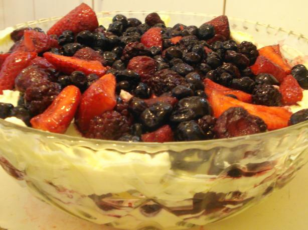 Christmas Berry Trifle. Photo by djmastermum