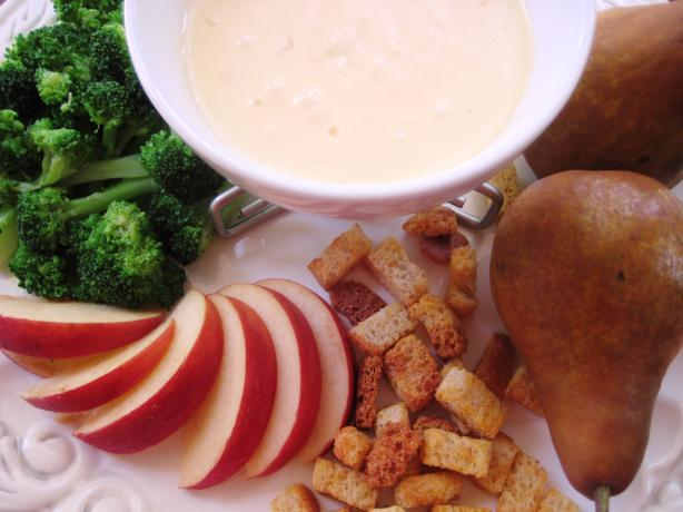 Festive Gruyere Fondue. Photo by gailanng