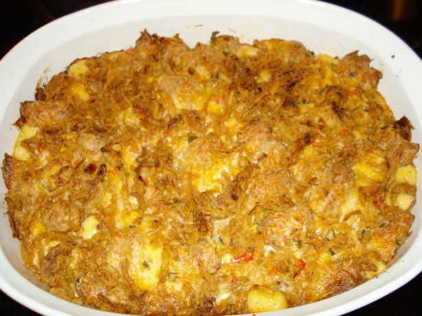Opie&#39;s Cheesy Tater Tot Casserole. Photo by browniepie