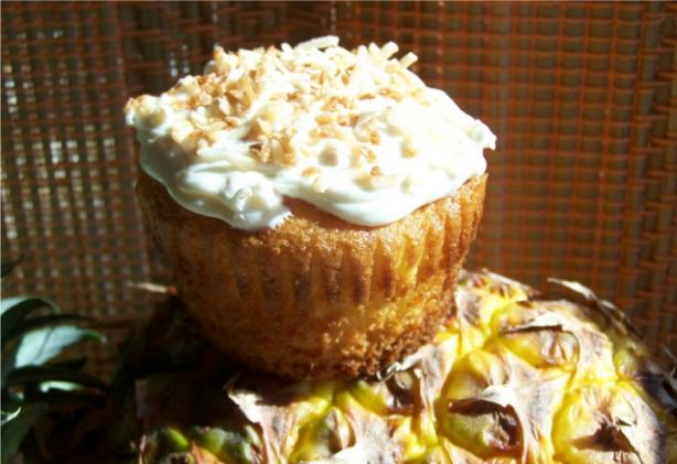 Pina Colada Cupcakes. Photo by wicked cook 46