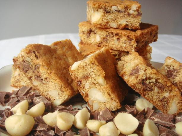 Chocolate-Chunk Blondies. Photo by Lori Mama