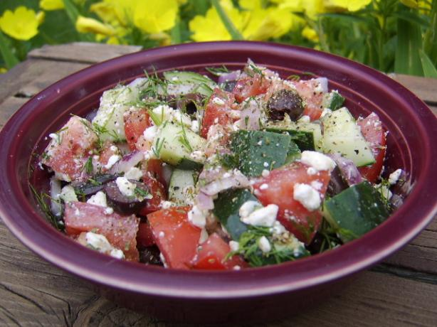 Salata Horiatiki (Greek Salad). Photo by LifeIsGood