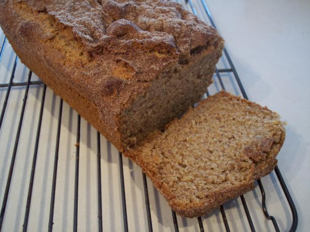 Cinnamon-Topped Banana Bread. Photo by Nif
