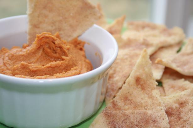 Peanut Butter Pumpkin Dip With Cinnamon Chips. Photo by **Tinkerbell**