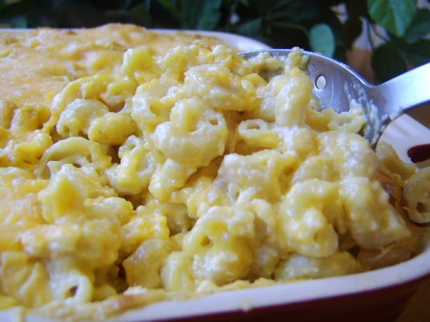 Yummiest Ever Baked Mac and Cheese. Photo by LifeIsGood