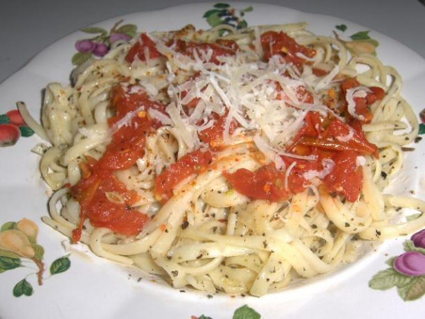 Mediterranean Pasta With Fire Roasted Tomatoes. Photo by daisygrl64