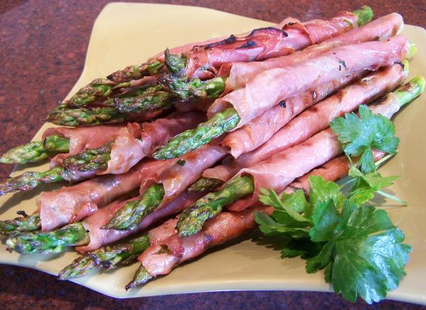 Grilled Asparagus Wrapped in Prosciutto. Photo by Rita~