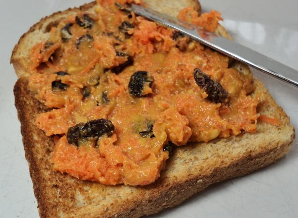 Peanutty Carrot Sandwich Spread. Photo by Nif