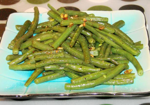 Green Beans With Lemon-Garlic Seasoning. Photo by Boomette