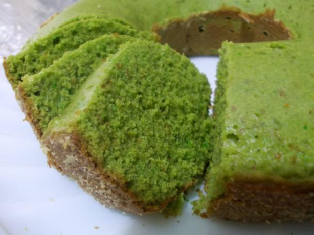 Green Tea Pound Cake. Photo by febooy