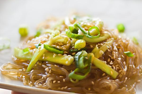 Noodles in Sesame-Soy Sauce. Photo by *Bellinda*
