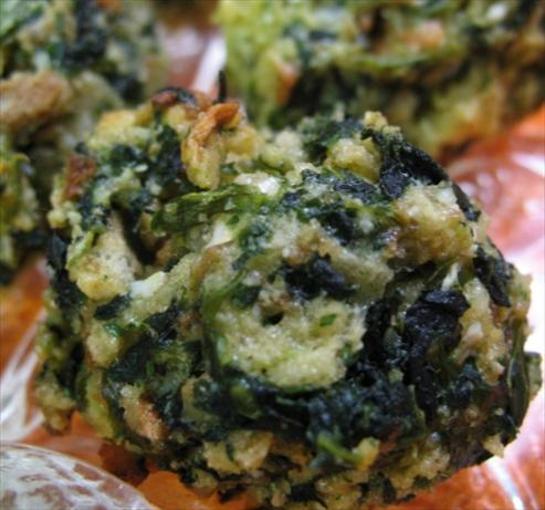 Spinach Balls (appetizer). Photo by R.Lynn