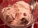 Old-Fashioned Strawberry Ice Cream