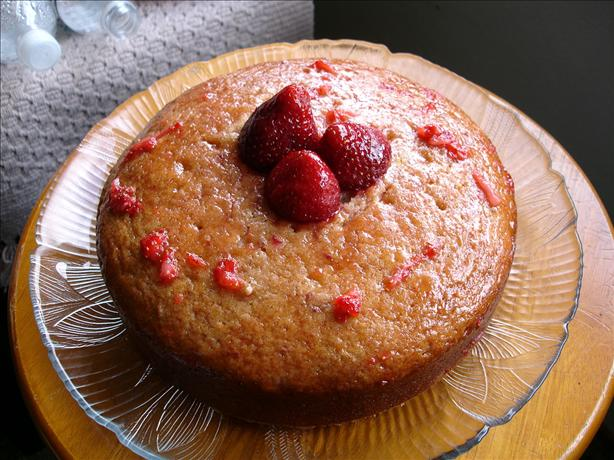 Fresh Strawberry Cake. Photo by plum pie