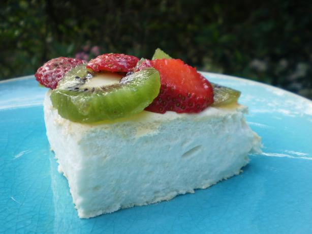 New Zealand Pavlova. Photo by breezermom